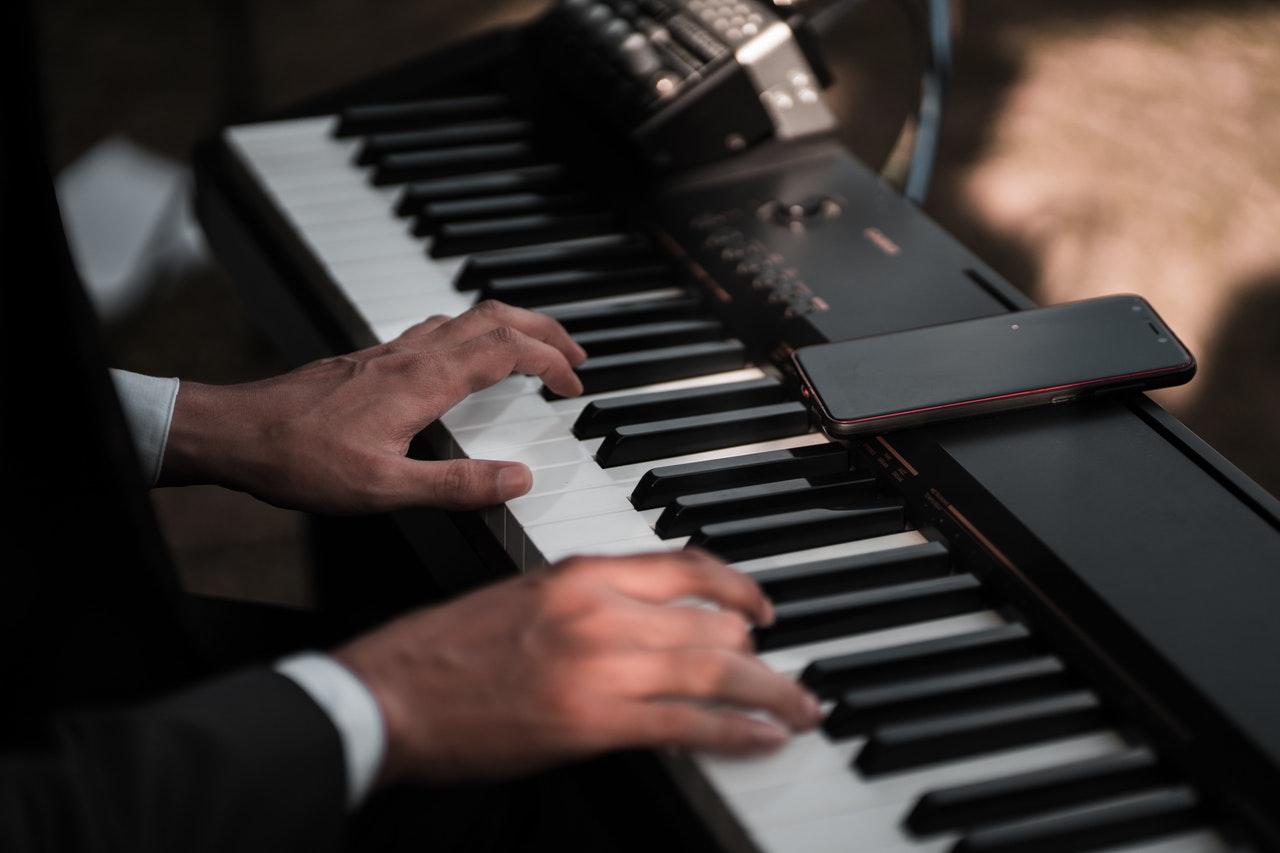 Application piano
